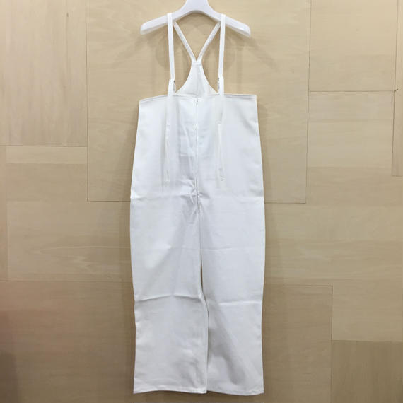 AQUVI / OVER ZIP ALL (WHITE)