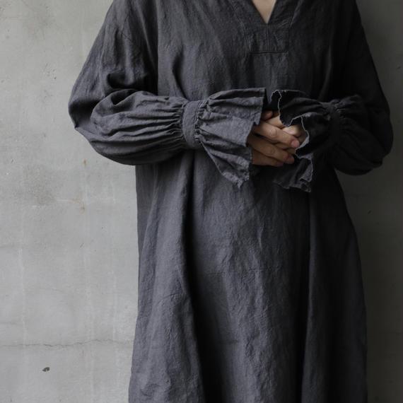 cavane キャヴァネ / [予約] Flare sleeve dressワンピース / ca-19037