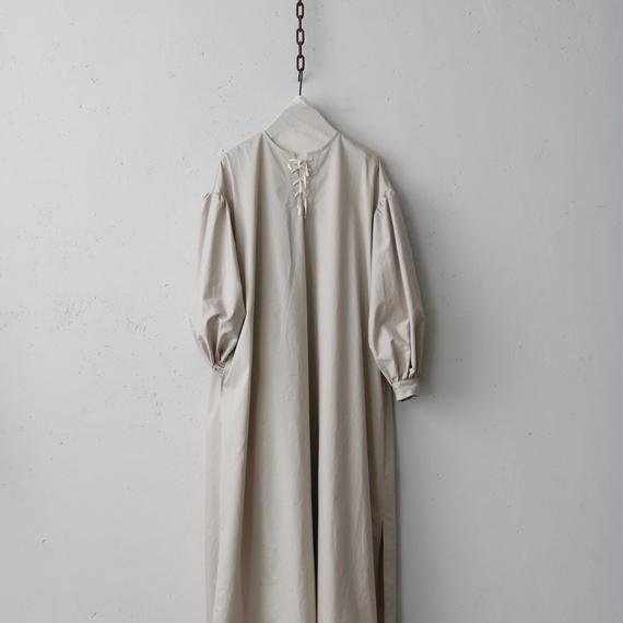cavane キャヴァネ /  【受注】Lace-up one-piece 編み上げワンピース / ca-19005