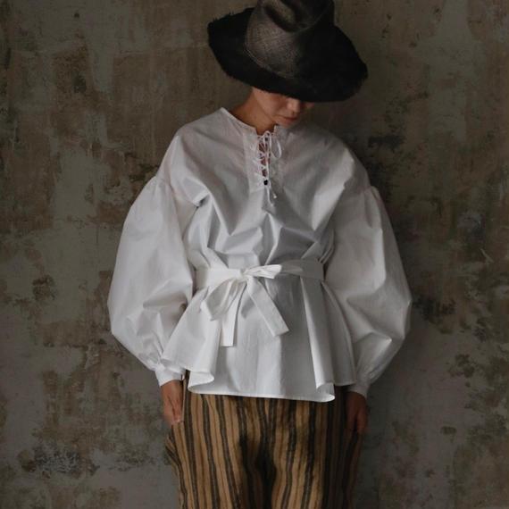 cavane キャヴァネ /  Lace-up blouse編み上げブラウス / ca-18067C