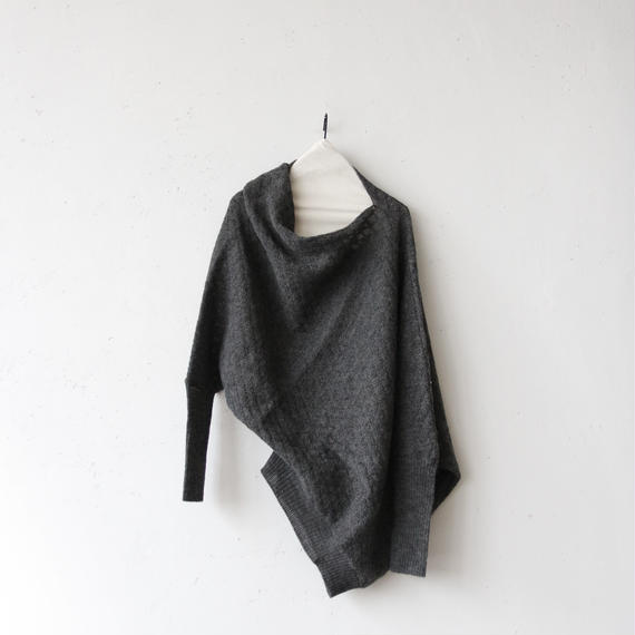 tous les deux ensemble Wトゥレドゥアンサンブル / Draped pullover knitドレープニット/ to-17021