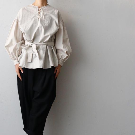 cavane キャヴァネ / Lace-up blouse編み上げブラウス / ca-17063