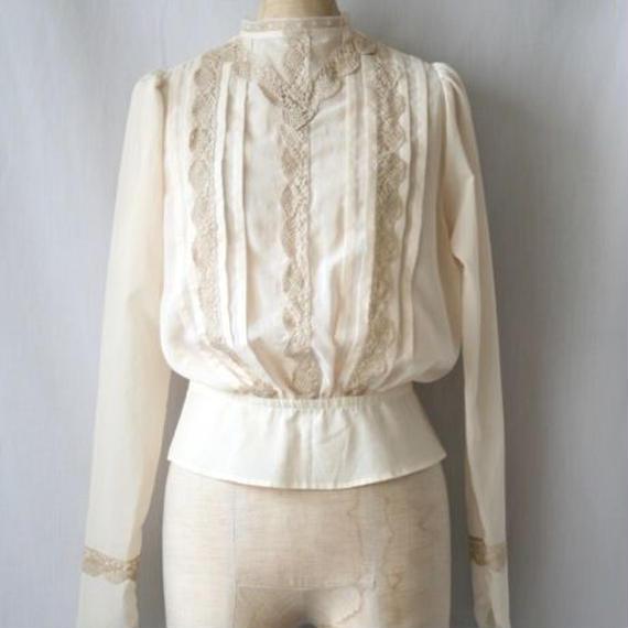 cavane キャヴァネ / French Victorian-blouse フレンチブラウス/ ca-18011