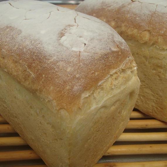米粉入りパン(一斤型)