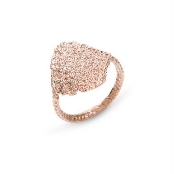 ピンクゴールド ダイヤリング