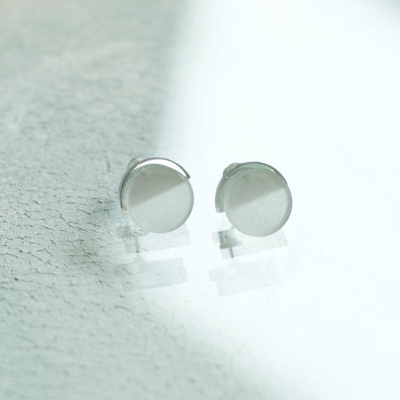 MMAA/oto21  pair pierce・earring ( white)