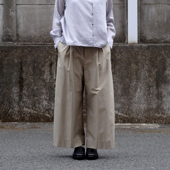 hatsutoki/cotton-gabardine wide pants(beige)