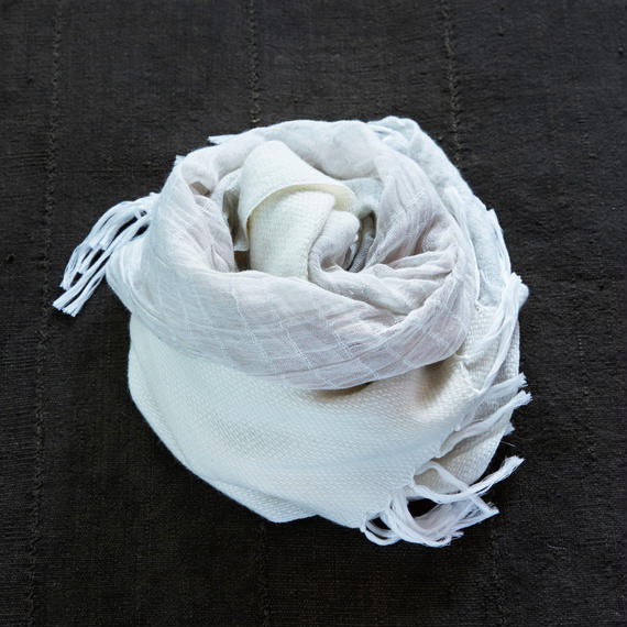 "-NEW- ""FUTAMATA"" stole [white/gray]"