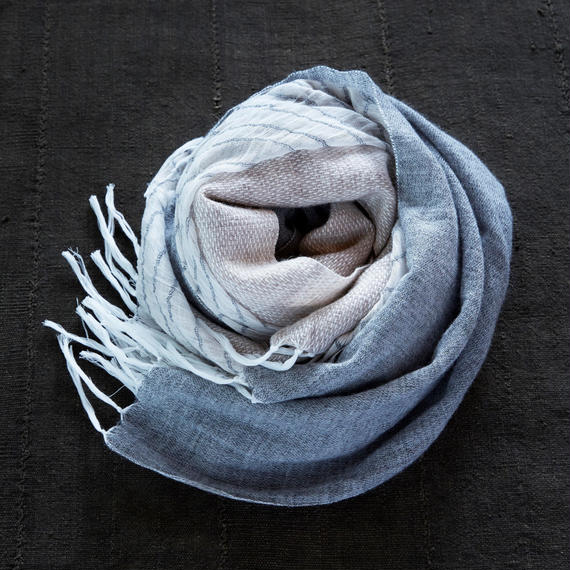 "-NEW- ""FUTAMATA"" stole [gray/white]"
