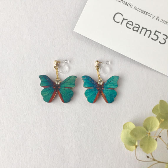 蝶⑤ イヤリングorピアス