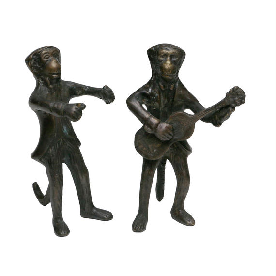 """VINTAGE """"MONKEY WITH GUITER"""" IRON ORNAMENT"""