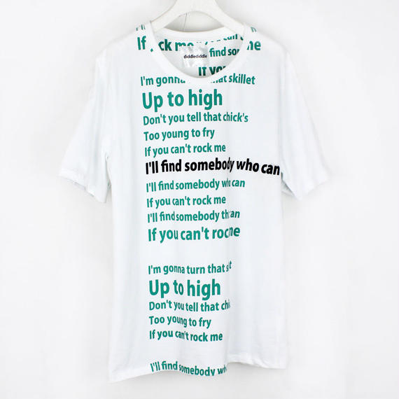 GREEN T-SHIRTS / 11 WHITE