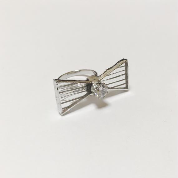 Ribbon Ring ジルコニア【フリーサイズ】