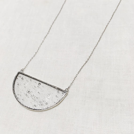 Semi circle Necklace -  気泡 Clear