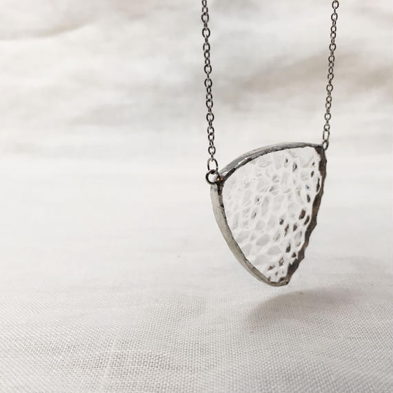 Pick Necklace 02 / clear 凹凸