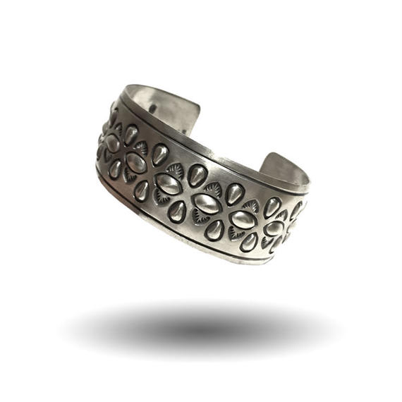 ALLEN LEE SILVER STAMP BANGLE
