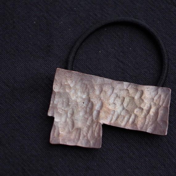 カクカクシカジカ銅のヘアゴム
