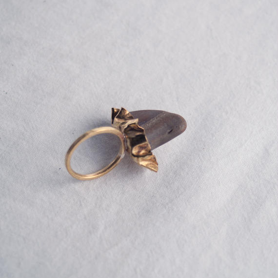 stone and brass ring-shizuoka-静岡の海辺の石と真鍮の指輪-