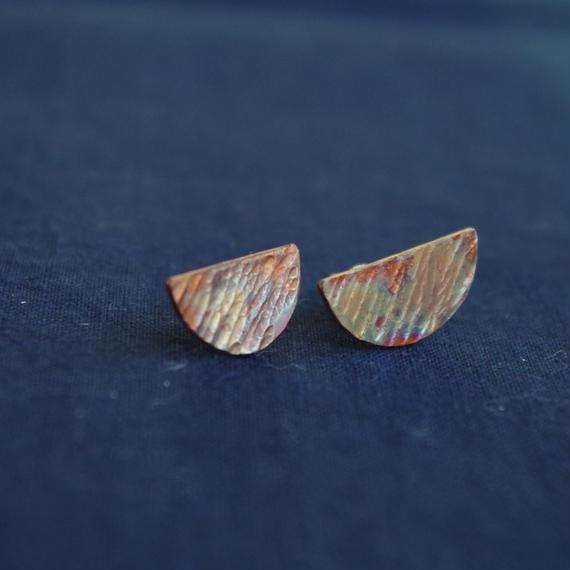 brass pierce-half moon-