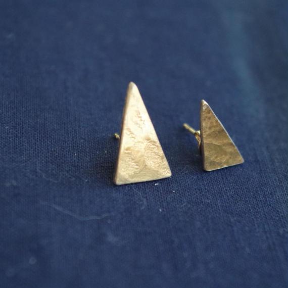 brass pierce-triangle-