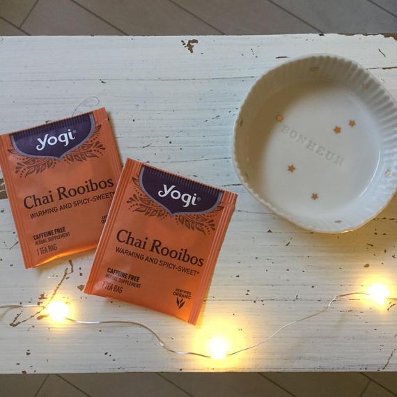 YOGI TEA     CHAI  Rooibos