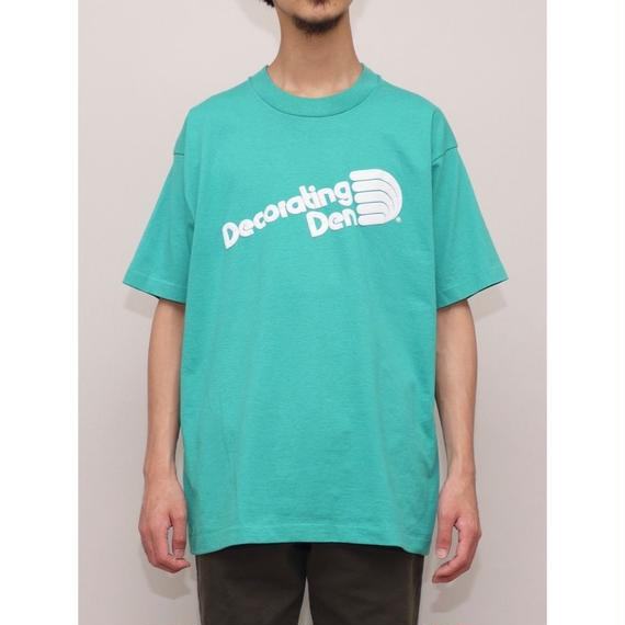 Decorating Den Tシャツ