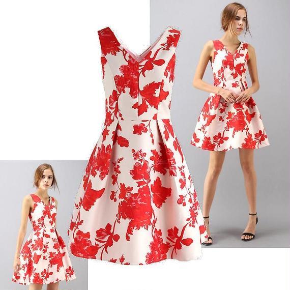 国内発送★Chicwish★艶やかな花のジャカードドレス