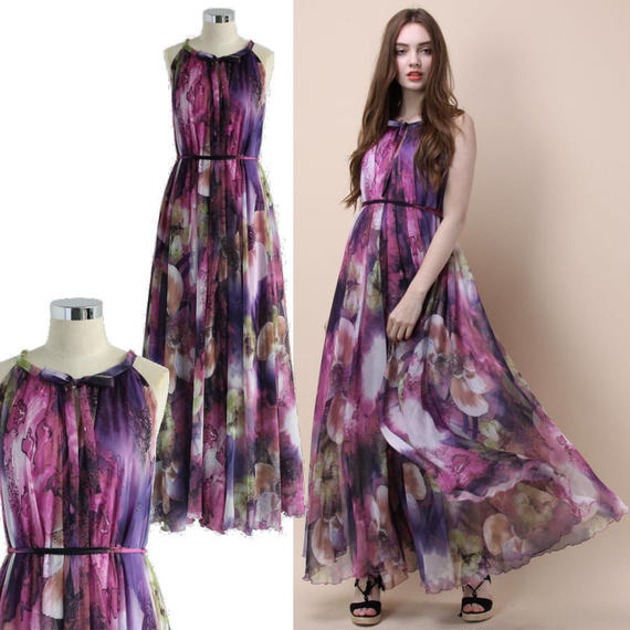 神秘的なフラワーマキシスリップドレス