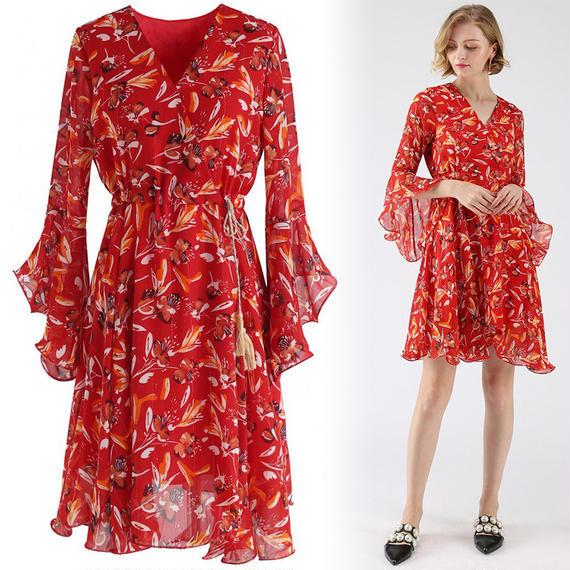 ロイヤリスプレンダフローラルラップドレス