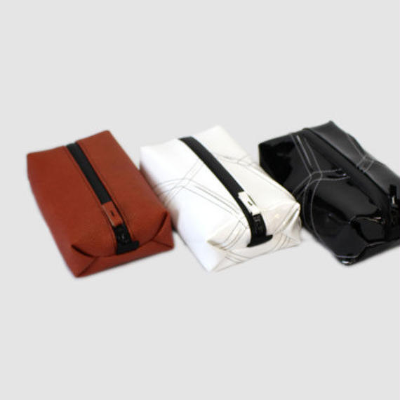 016 TRAVEL POUCH