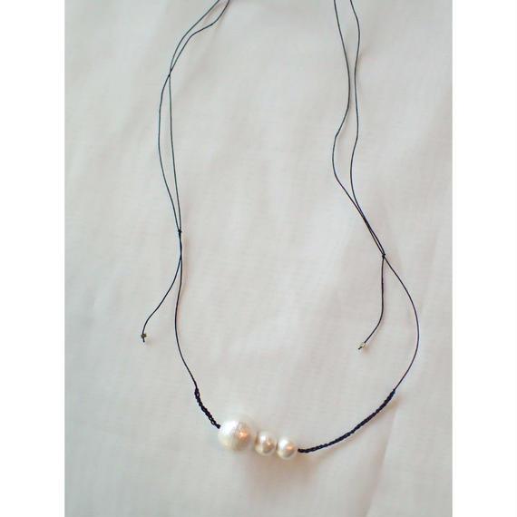 コットンパールの糸ネックレス&ブレスレット