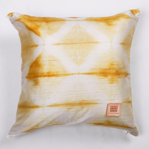 手織りシルク草木染めクッションカバー  PSD-002