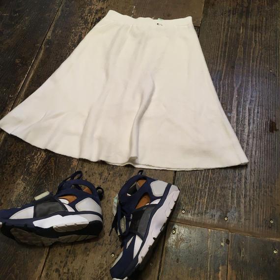 [USED] WHITE KNIT フレアスカート