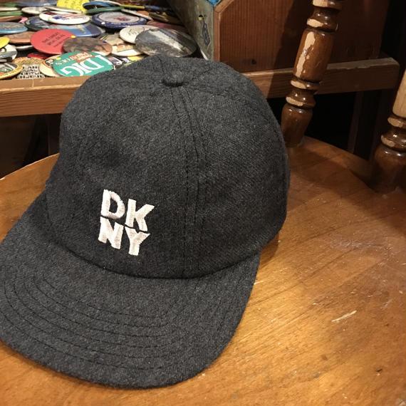 [USED] DKNY  6パネル WOOL  CAP!