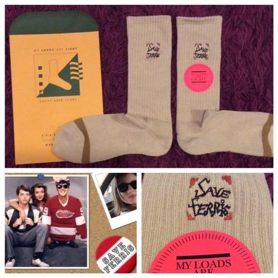 "[MY LOADS ARE LIGHT]""FERRIS BUELLER'S DAY OFF"" SOCKS"