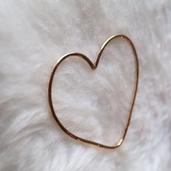 Heart bangle gold