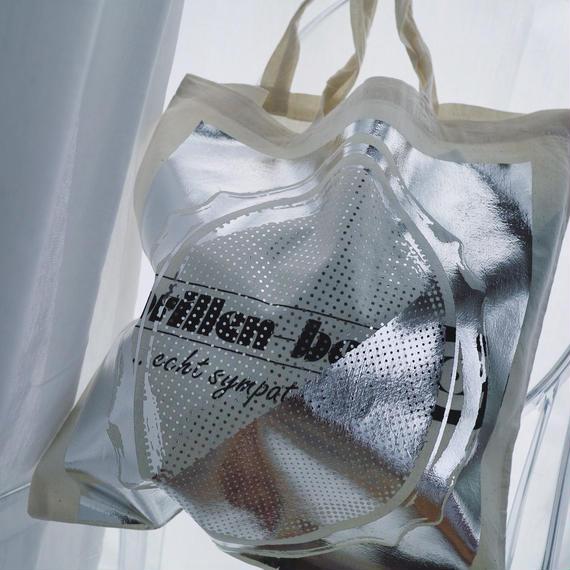 conceal print tote bag white
