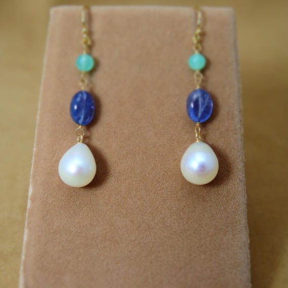 Tanzanite&Chrysoprase Pearl Earrings