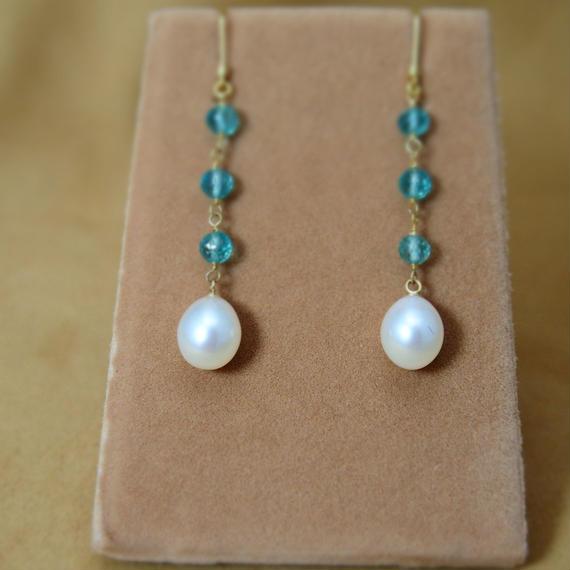 Apatite & F.W.Pearl Earrings