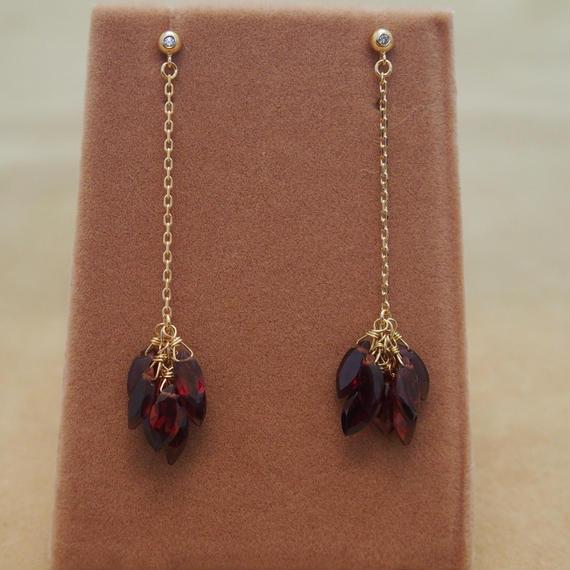 Garnet Line Earrings