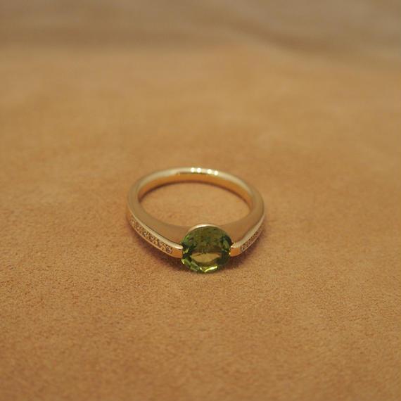 Peridot Round Ring