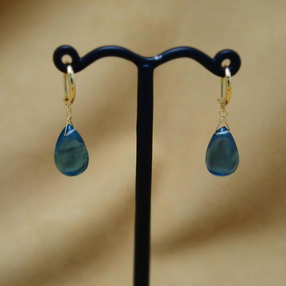 """Fluorite """"shizuku"""" Earrings"""