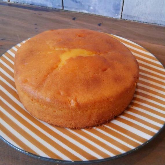しっとりアーモンドバターケーキ
