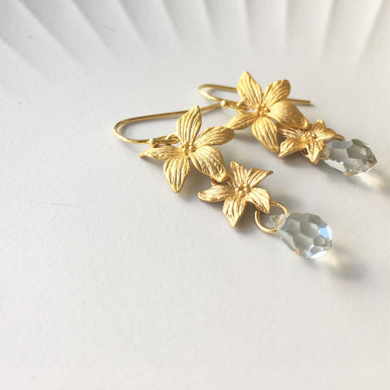 Gold Flowers ピアス(イヤリングに変更可)