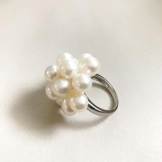 Fresh water pearl Flower ring(ホワイト)