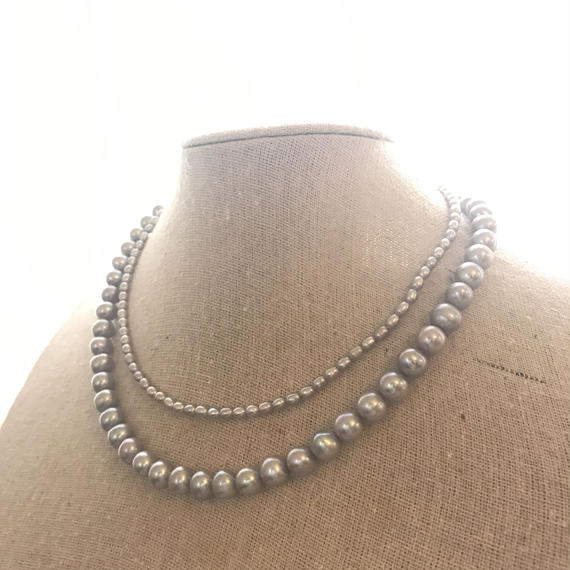 Freshwater pearl arranged necklace (grey color)