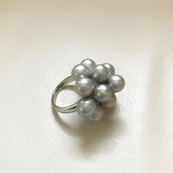 Freshwater pearl Flower ring (グレー)