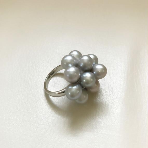 Freshwater pearl Flower ring (グレー)