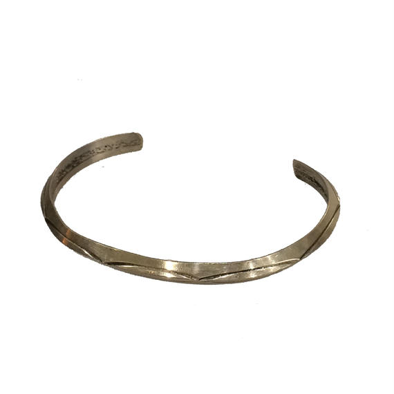 Indian Jewelry Ben Tahe- BANGLE(TI42)
