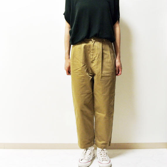 EGG TUCKED PANTS A11606